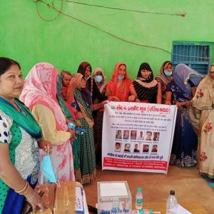 Distribution of maska and sanitizers